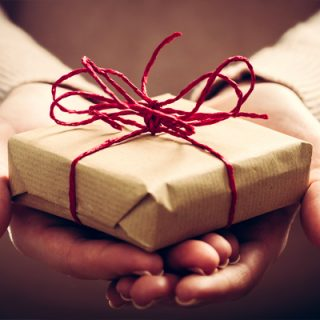 HAMPERS-GIFTS-VOUCHERS